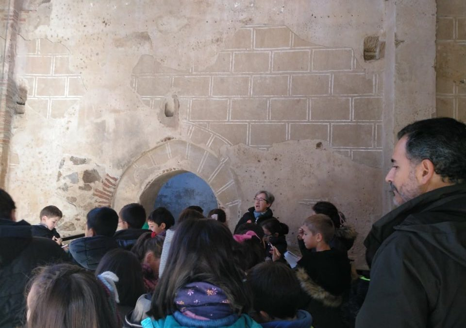Visitamos la antigua Iglesia de la Magdalena.