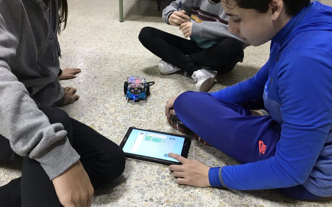 Innovando – Robots en las Aulas